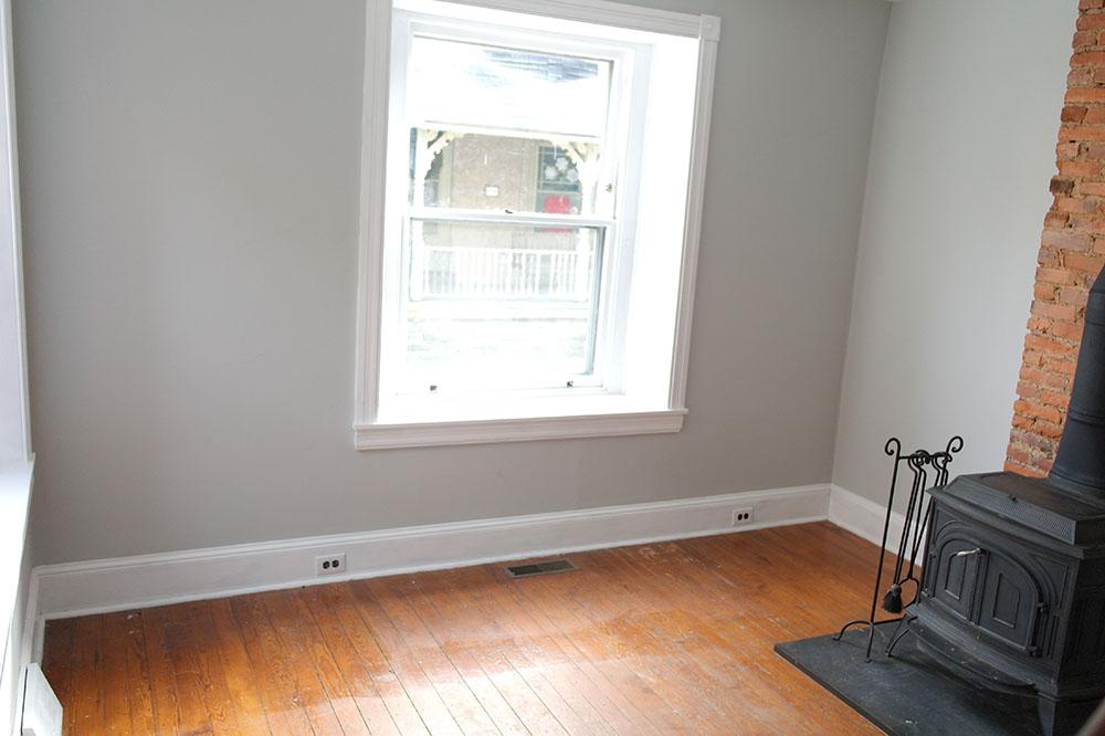 livingroomempty1